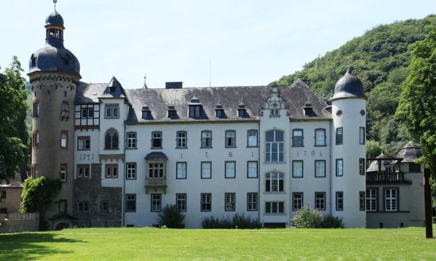 Schloss Burg Namedy in Andernach