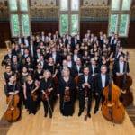Konzert in der Rhein-Mosel-Halle in Koblenz: Mehr Musik mit festlichem Glanz