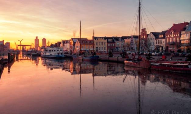 Die Nordsee-Hafenstadt Husum und die Husumer Bucht