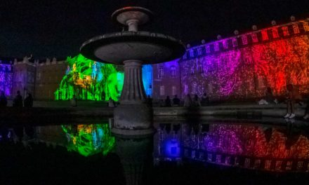 Schlosslichtspiele Karlsruhe 2021: Lichtkunst auf dem Karlsruher Schloss