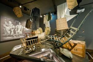 """Einblick in die Dauerausstellung """"HEIMAT"""" © Sudetendeutsches Museum"""